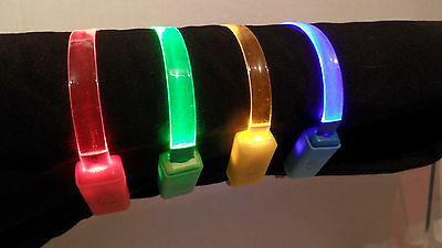 (CC001) Clear LED Light Up Quick Release / Snap Open Safety Release Cat Collar