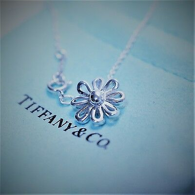 19f38a4d6 Tiffany & Co. Paloma Picasso Sterling Silver 925 Daisy Flower Pendant  Necklace