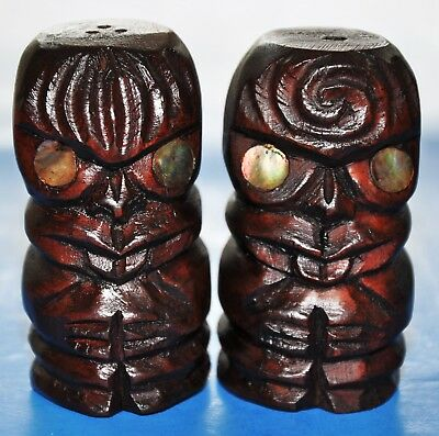 Early 20th Century New Zealand Maori Hand Carved Teko Teko Salt & Pepper Set