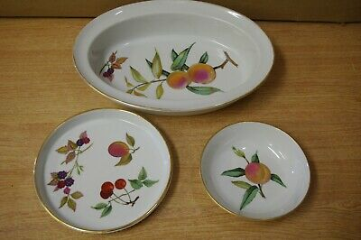 3 Royal Worcester Evesham Gold Dishes Serving Tableware 1 x Oval 1 Flan, 1 Round