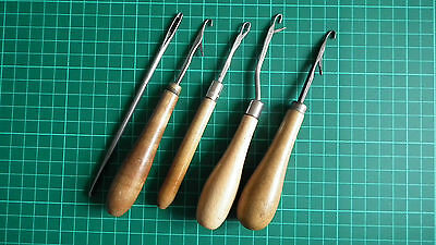Set of Quality Vintage Rug Making Tools - Very Good Condition For Age!