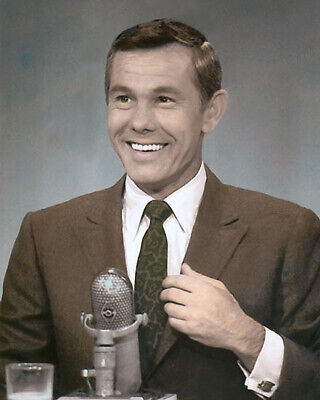 """JOHNNY CARSON LATE NIGHT LEGEND COMEDIAN 8x10"""" HAND COLOR TINTED PHOTOGRAPH"""