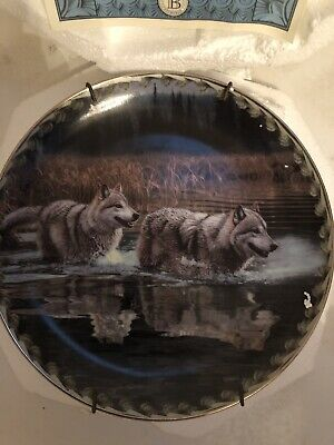 """Bradford ExChange Masters Ways Of The Wolf """"Alternate Route"""" Plate Wolf Plate #3"""