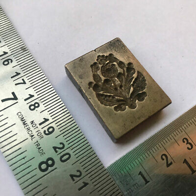 An Antique Old Bell Metal Jewellery Stamp Die Seal Multiple Flowers Pattern Other