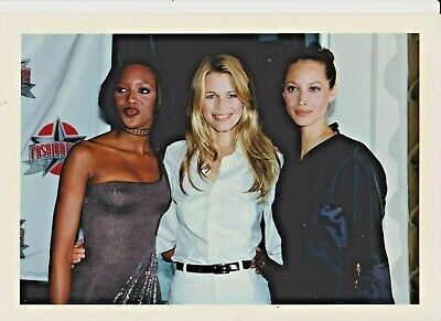 Naomi CAMPBELL Claudia SCHIFFER Christy TURLINGTON Photo Presse  LONDON 96