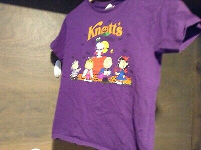 Knotts Berry Farm Kids Tee Shirt Short Sleeve Spooky Farms Theme Purple Size M