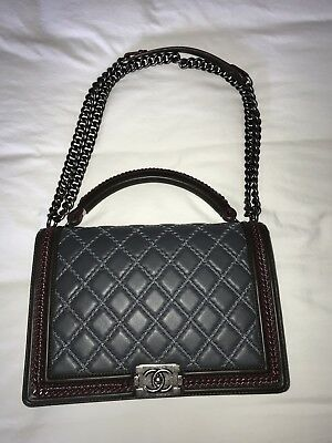 7e6adbbd96d81c CHANEL MAXI CHAIN Around Black Quilted Calfskin Leather Silver HW ...