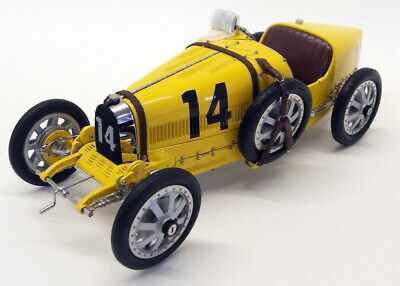 CMC 1/18 Scale - M-100-008 Bugatti Typ 35 Grand Prix Nation Colour Belgian