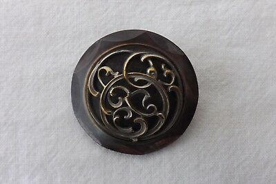 AN EARLY METAL AND MOTHER OF PEARL  ANTIQUE  BUTTON UNUSUAL DESIGN 3.5cm (459)