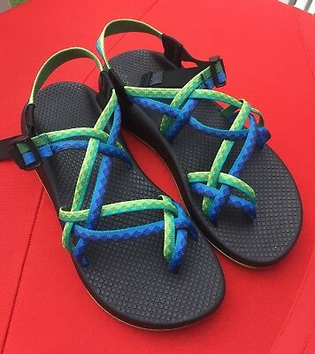 aecdc8f728f0 Women s Chaco Vibram Toe Loop Buckle Sport Sandals Size 9 Multi Color  EXCELLENT