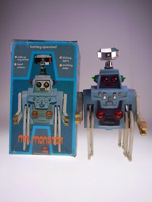 "GSR ROBOT ""MR. MONSTER"" PLAY VALUE HONG KONG 821,RARE BLUE, 25x15x15cm, BO OK,"