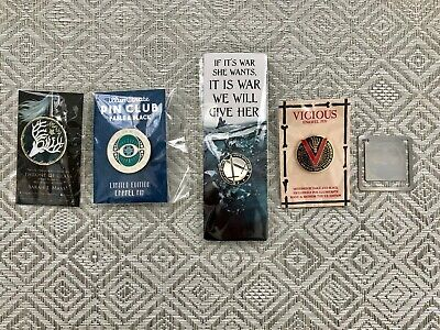 ACOTAR, Throne of Glass, The Cruel Prince & Vicious Pins and bookmark