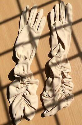 1960s Beige Long Gloves With Ruching