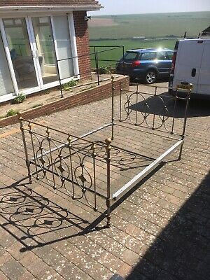 Antique Brass Bed - King Size   5 Ft