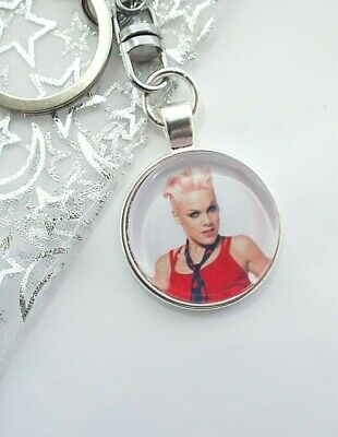 Pink Singer Photo Key Ring Strong Chain   Gift Boxed Party Birthday
