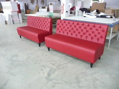 Beautiful designed Chesterfield sofas for modern home, restaurant or hotel use