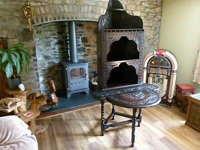 Lovely Mid-Victorian Carved Black Oak Corner Unit With Folding Table.super Piece