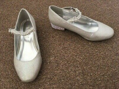 Girls Monsoon Silver Sparkly Shoes Small Glittery Heel Party Wedding Size 2 SB11