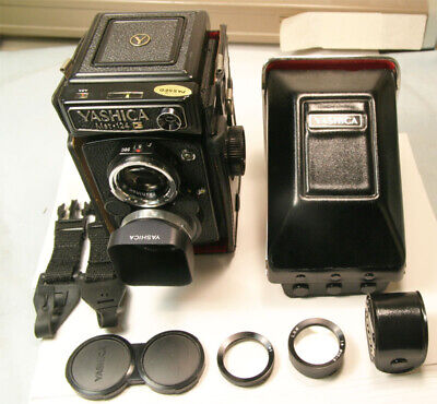 Yashica Mat 124G TLR Medium Format with Yashinon 80mm f3.5 Near Mint Exceptional
