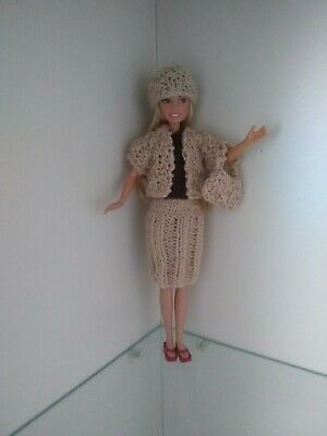 New Hand Knitted 5 piece Barbie Doll clothes set/outfit (18)