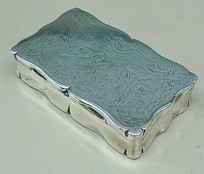 ANTIQUE SILVER PLATED SNUFF BOX WITH STIPPLE ENGRAVING c.1840