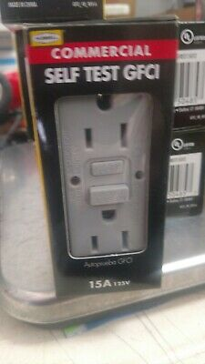 Hubbell Gray 15-Amp Decorator Outlet GFCI Protection Residential/Commercial