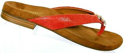 51e82f189654 NWT Vionic Women s Red Leather Orthaheel Thong Flip Flop Sandal Shoe Size 10