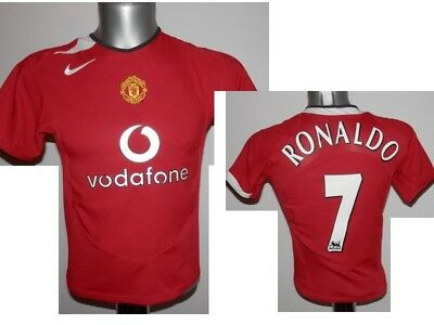 b9ddea39b9c 2004-06 Manchester United European Home Shirt Ronaldo  7 Football Soccer -  MB