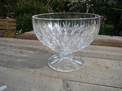 Large & Heavy Glass footed / Pedestal Glass Bowl Dish Center Piece Fruit