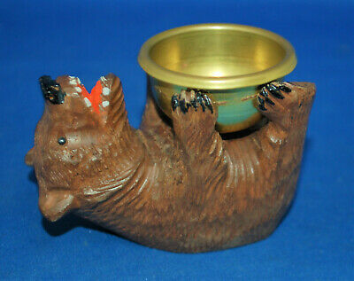 A Victorian Black Forest rolling bear figure, very well carved, antique, bowl