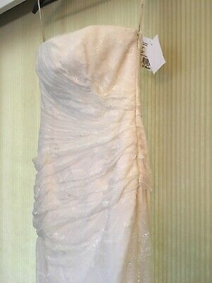 0ae35e19a6b2 Vera Wang White Davids Bridal Wedding Gown Dress NWT Size 6 Color Ivory