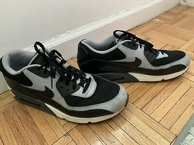 new concept 87f8a f50ac Nike Men s Air Max 90 Essential Running Sneakers Black Wolf Grey Size 11.5