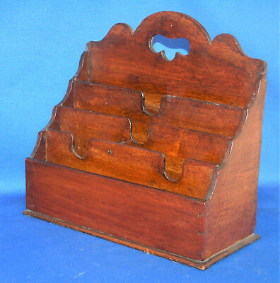A useful Victorian letter rack, mahogany wood, five sections, desktop