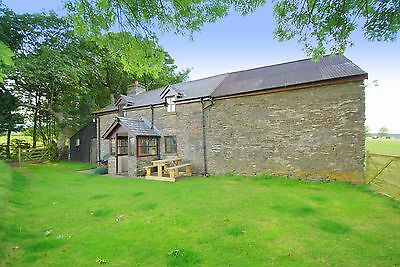 DETACHED self catering STONE HOLIDAY COTTAGE in lovely Lakeland of WALES