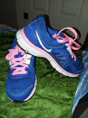 NIKE youth girls athletic lace up active wear shoes royal blue pink laces sz 8