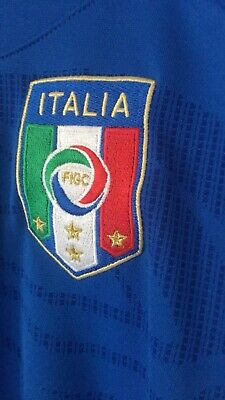 Football Shirt Italy Home Shirt 2010 Size M Adult