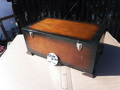 Vintage Wooden  Box  With  Internal  Dividers  &  Carry  Handles.