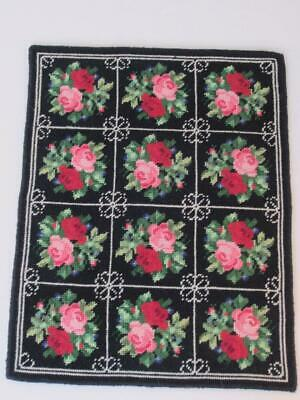The Victorian Craftsman Miniature Dollhouse Rug Needlepoint, Petit Point PATTERN
