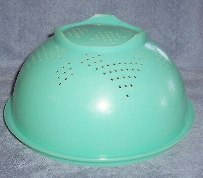 VINTAGE Green Tupperware Strainer or Colander #339