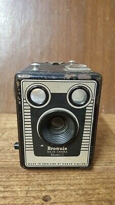 Vintage Kodak Brownie Six-20 Model C Box Camera, Made in England