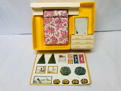Woverine Dollhouse Furniture Bedroom Set Rite-Scale Vintage Toys bed and dresser