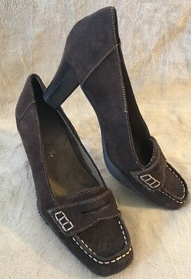 219212e08b Brown Suede Aerosoles Womens Size 5.5 Closed Square Toe High Heels EUC  Comfort
