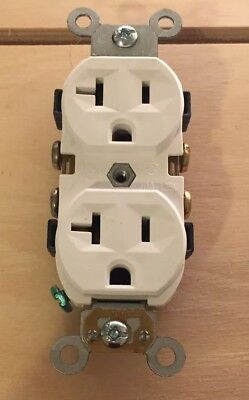 Leviton CR20-W Self Grounding Duplex Receptacle Side Wired  20 A-125V White