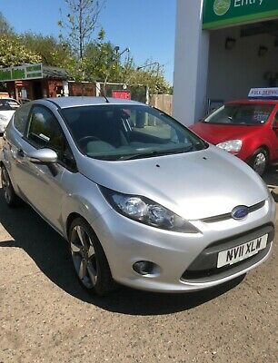 Ford Fiesta Van Trend 1.6 Tdci 2011 Recent Cambelt Service Drives Great Silver