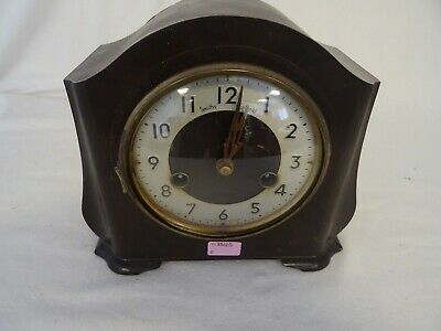 Vintage 1930s Smiths of Enfield Bakelite mantel clock   KB