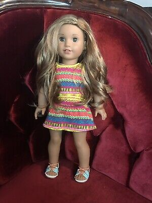 """American Girl Doll 18"""" Lea Clark with Book In Great Condition"""