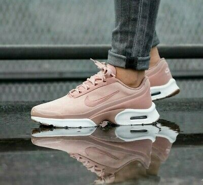 free shipping e93b3 d5f28 Womens Nike Air Max Jewell Se Size 6 Eur 40 (896195 602) Particle Pink