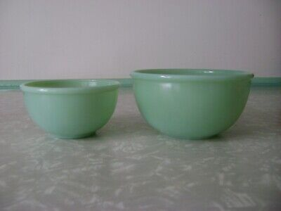 "2 Vintage Fire King  4 3/4"" and 6"" Jadeite jadite GREEN  Beaded Rim Mixing Bowls"
