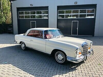 1965 Mercedes Benz 220 SEb Coupe -One Owner Car- Black Plate