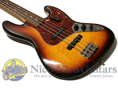 Fender USA 2012 American Vintage 1962 Jazz Bass (Sunburst)